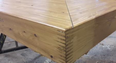 grote-vingerlas-in-gelijmd-gelamineerd-hout.jpg